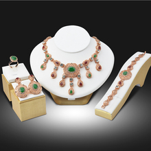 Dubai Gold Plated Crystal Rhinestone Women Wedding Bride Fashion Necklace Set African Beads Costume 18K Gold Plated Jewelry Sets