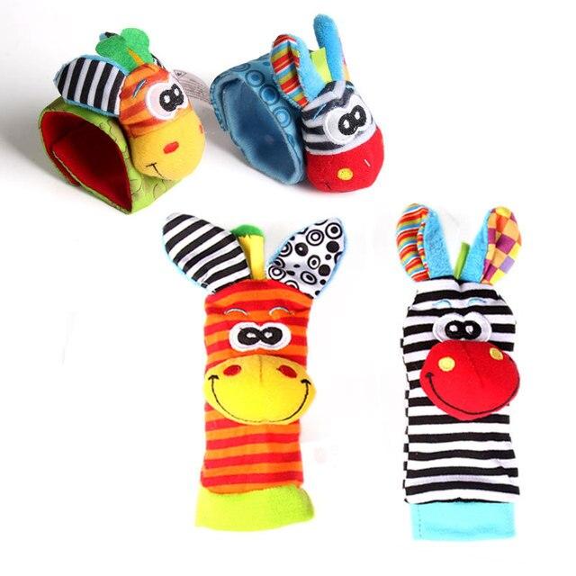 2018 nueva llegada dibujos animados encantadores juguetes de bebé 0-12 meses bebé suave felpa Animal pie calcetín muñeca campana bandas juguete de sonajeros para bebés