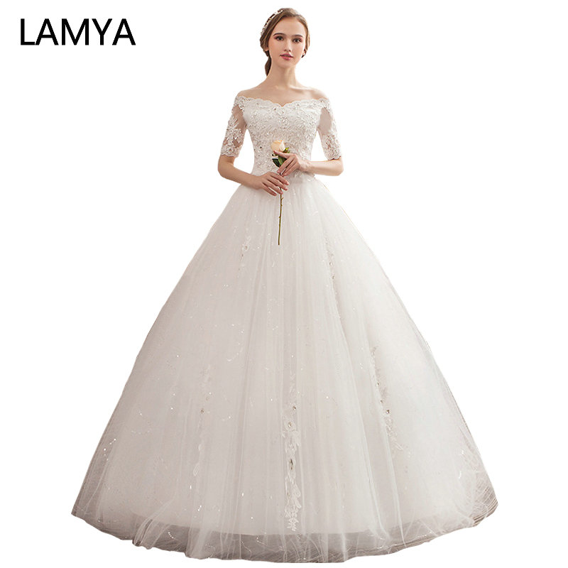 LAMYA Vintage V Neck Half Lace Sleeve Wedding Dresses Floor Length Embroidery Bridal Gown Lace Up Wedding Gowns robe de maria