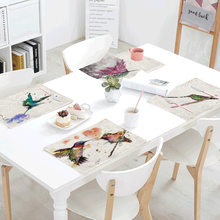 Colorful Chinese Painting Bird Meal Cloth 42*32 CM Simple Flower Play Magpie Hummingbird Linen Home Tablecloth Decoration