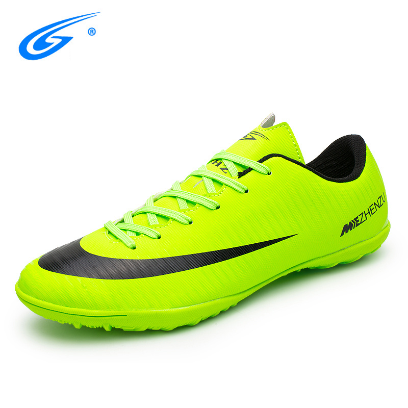 Hot Sale Men Kids Football Boots Professional Breathable Indoor(IC) Massage Shoes Soccer