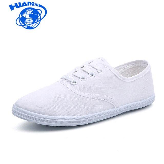 Yeni 2018 Kadın kanvas ayakkabılar Nefes Moda Marka Kadın düz ayakkabı Kadın Ayakkabı beyaz ayakkabı Artı Boyutu 35-42 HQ01