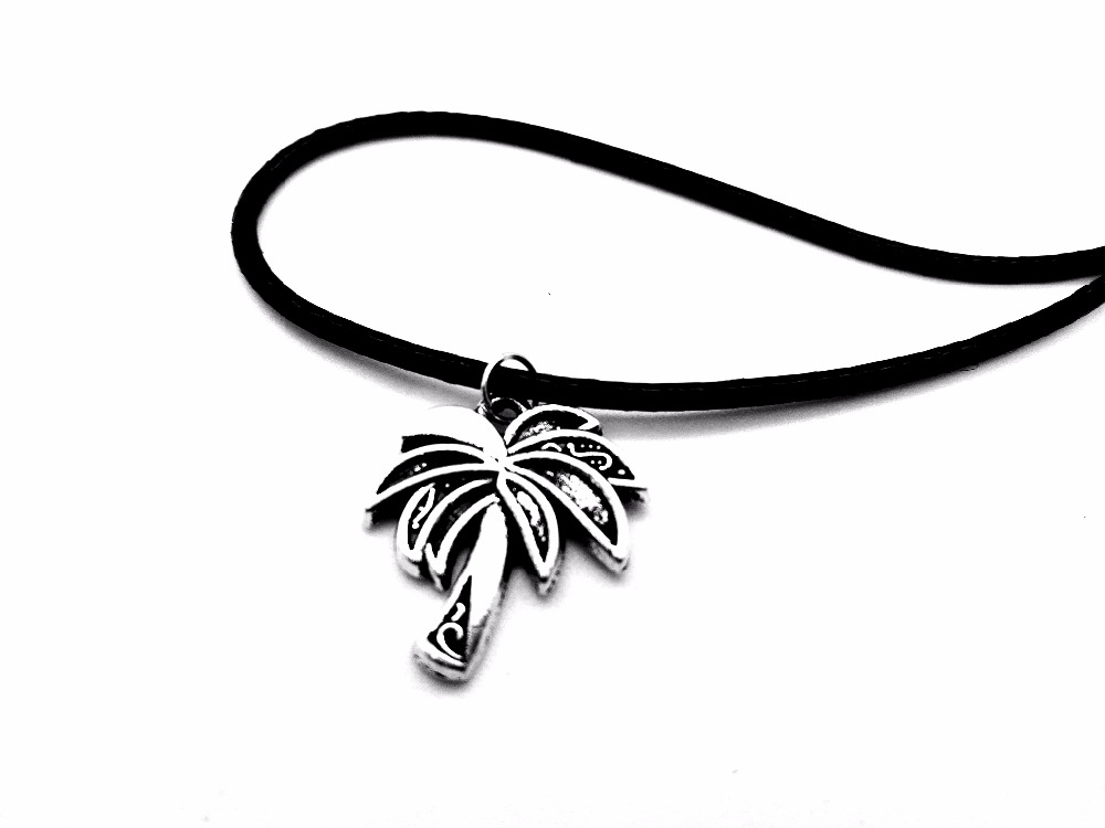 30PCS Tropical Palm Tree Leaf Necklace Charm Coconut Tree Leather Rope Necklaces Tattoo Choker Island Life Christmas Gifts