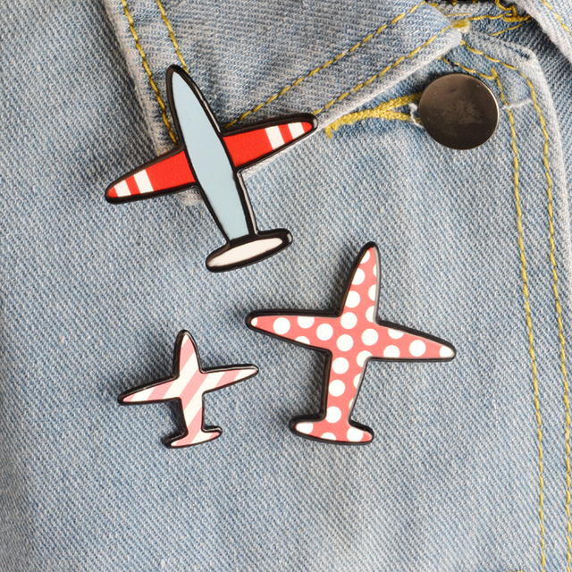 Fashion Airplane Brooches set Cartoon Plane Aircraft Brooch for boys girls Backp