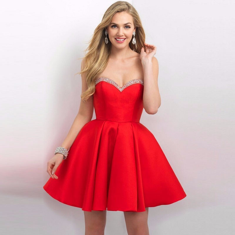 Red Satin Homecoming Dresses Sexy Sweetheart Beads Sequins