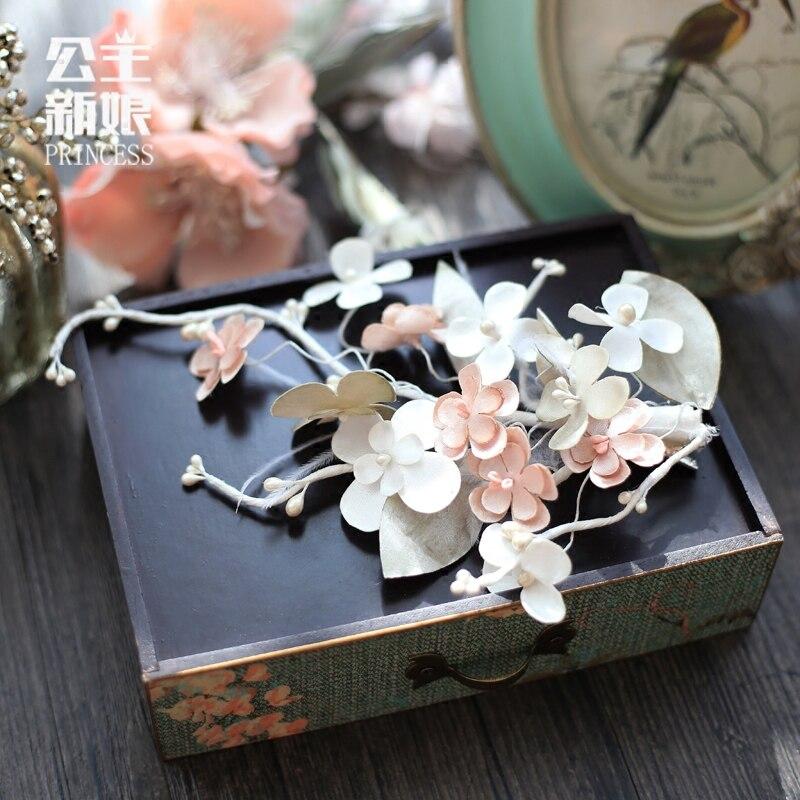 A new spring bride headdress flower hairpin sweet wedding accessories Handmade wedding hair jewelry factory цена