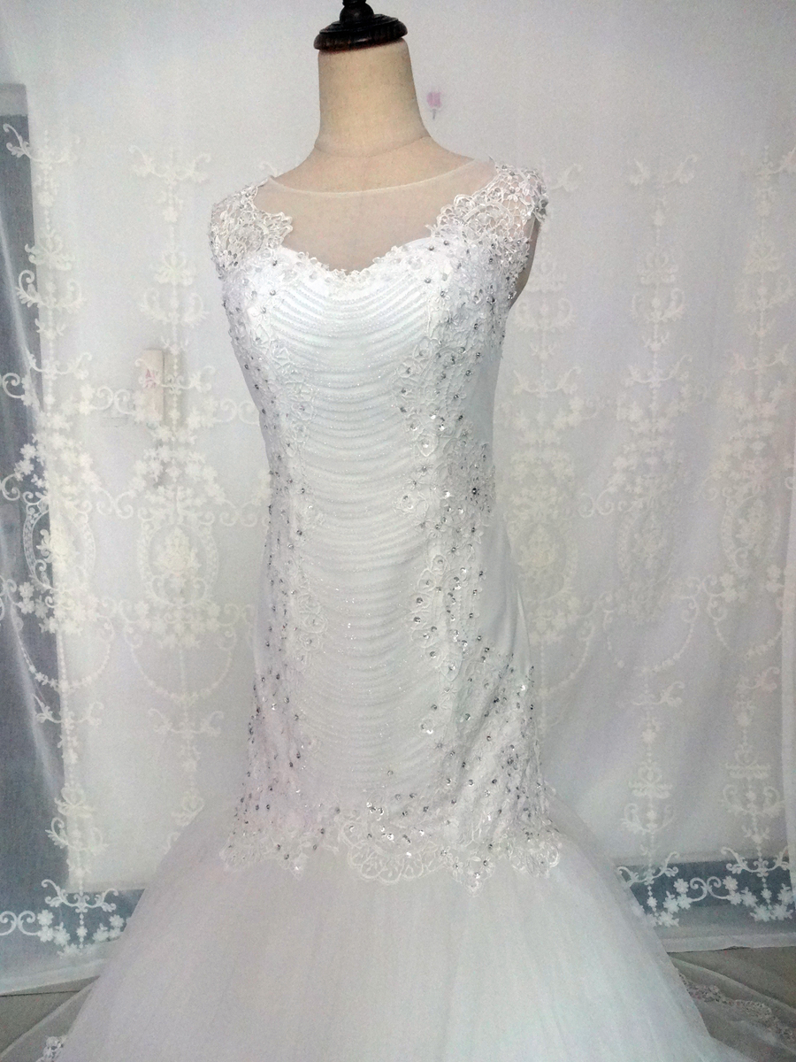 Imagini reale White Ivory Big Tren de nunta rochie Vintage musulman - Rochii de mireasa - Fotografie 3