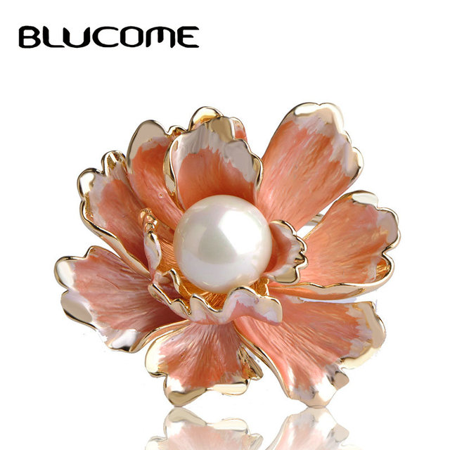 Scarf Buckle Brooch High Imitation Pearl Flower broche Gold-color Fine No Pins Brooches For Women Wedding Gifts Perle Jewelry