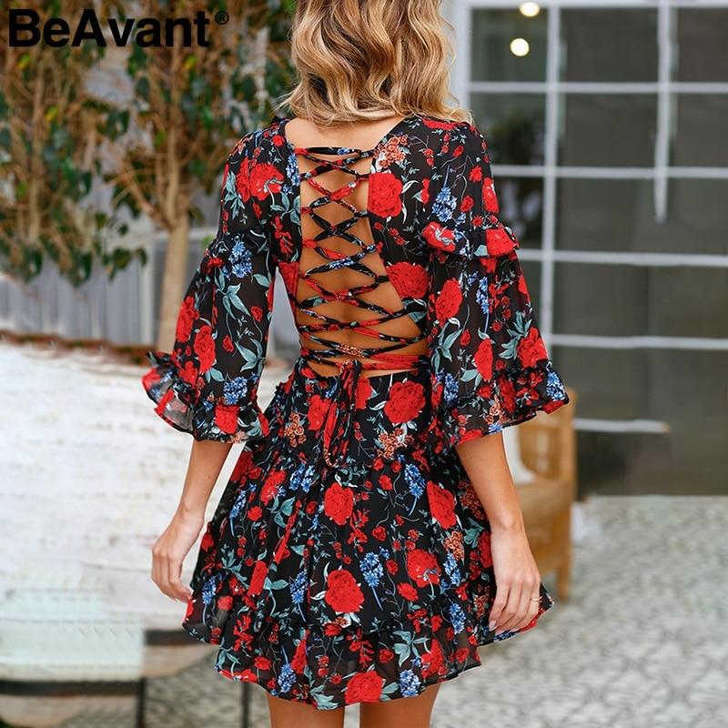 BeAvant ללא משענת סקסית תחרה עד פרחוני הדפסת שמלת 2018 v צוואר מקרית ראפלס קצר שמלת נשים מסיבת חוף קיץ שמלה vestidos