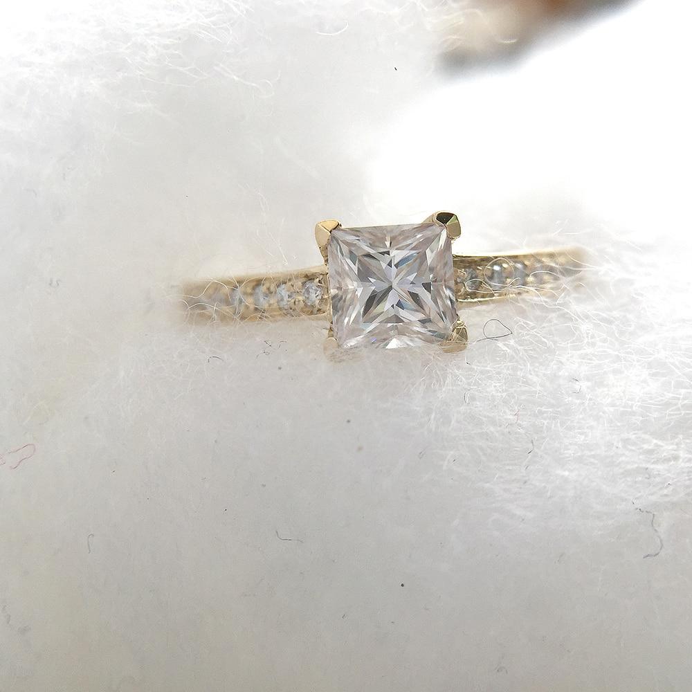 1 Carat elegancki DEF kolor księżniczka Halo pierścionek zaręczynowy ślub Moissanite pierścionek z brylantem dla kobiet prawdziwe 14k 585 żółte złoto w Pierścionki od Biżuteria i akcesoria na  Grupa 1
