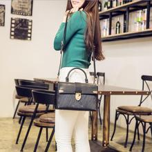 real leather  handbags young lady fashion crossbody bag  shoulder Messenger bag
