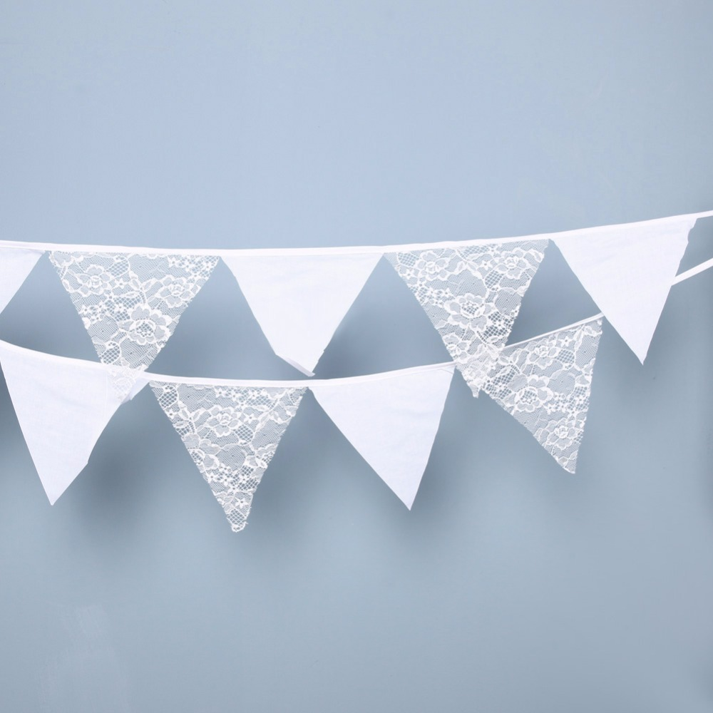 12Flags 3.2m Hvit Kant Fabric Bunting Pennant Flagg Banner Garland Bryllup / Bursdag / Baby Shower Party Supplies Events 15X15cm