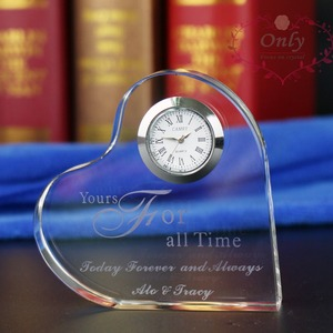 Free shipping 50 pcs/lot excellent cutting shinning crystal heart clock with customized engraving as wedding gifts for guest