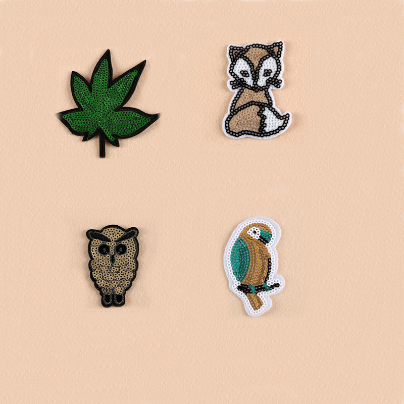 Sequins Animal Patches And Patch Iron On Sew Fabric Sticker For Clothes Badge Embroidered Appliques DIY in Patches from Home Garden