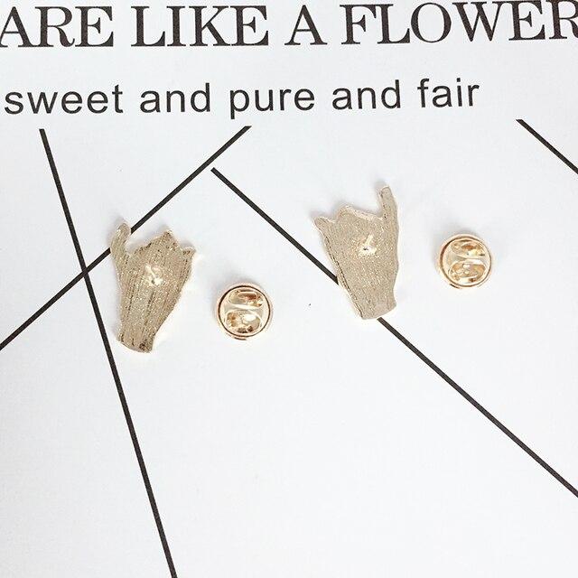 Biała czarna ręka metalowa emaliowana broszka haczyk konwencja gest znaczek przypinka osobowość Trendy przyjaciele biżuteria miłosna akcesoria