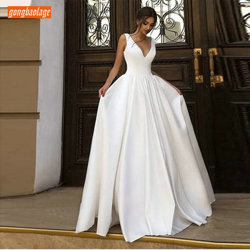 Elegant BOHO White Wedding Gowns Long 2019 Ivoey Beach Dress Simple V-Neck Satin Sleeveless Pageant Sexy Bridal Dresses