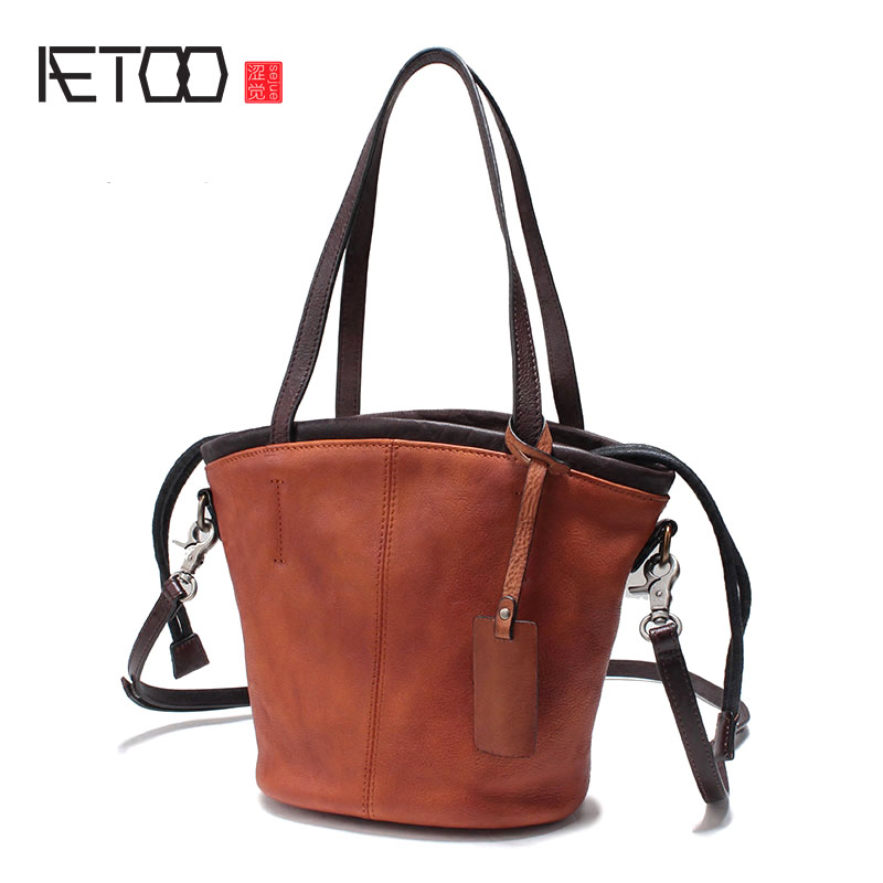AETOO Leather handbags 2017 autumn and winter cowhide shoulder Messenger bag large capacity liner bag wild pumping belt bucket t pumping bucket bag rivet handbags mini bucket bag