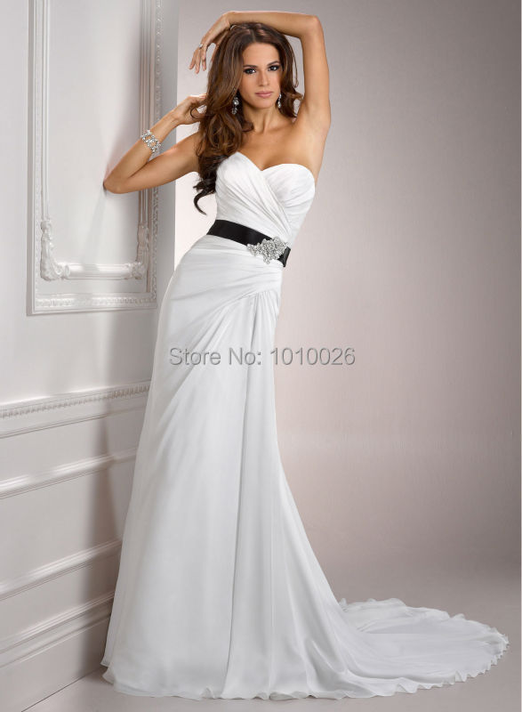 24603415b9 Chinese Online Store 2015 Strapless Pleated Chiffon With Satin Belt Black  And White Beach Wedding Dress A3589