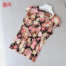 Yi побежал Xia Han версия Женская шелковый футболка с короткими рукавами Женский V воротник свободный большой тонкий шелк шелк куртка
