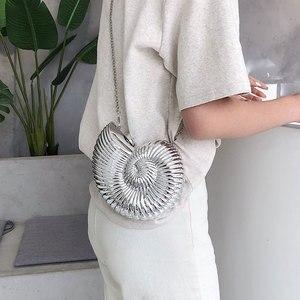 Image 2 - スタイルのバッグ女性のかわいいショルダーバッグコンク形状チェーンクロスボディバッグアクリルシェル電話バッグハンドバッグ財布女性のための