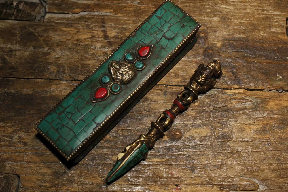 100% old Tibet/Nepal Buddhism,Sword /Ritual Dagger musical instruments Inlaid Turquoise Vajra with box100% old Tibet/Nepal Buddhism,Sword /Ritual Dagger musical instruments Inlaid Turquoise Vajra with box