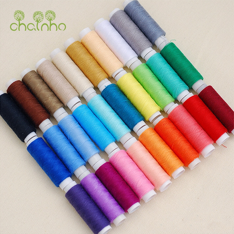 Multi Color Polyester Tråd for Sying og Quilting, 30 Spools / Lot, High Quality Sewing Thread Passer til Needlework & Machine