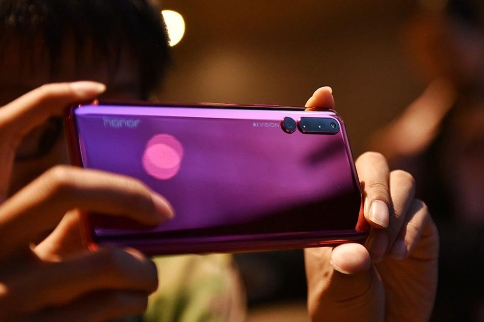 "HuaWei Honor Magic 2 4G LTE мобильный телефон Kirin 980 Android 9,0 6,39 ""FHD 2340X1080 8 ГБ оперативная память ГБ 256 Встроенная NFC 6 камера"