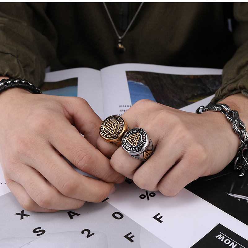 YaHui 2019 new European and American retro style men 39 s ring Viking Nordic triangle symbol valknut ring mens biker rings the ring in Rings from Jewelry amp Accessories