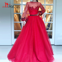 LIYATT 2018 Newest Designer Long Red Gowns O neck Sexy Fashion Formal Evening Gowns Appliques Lace Dot Tulle Prom Dress