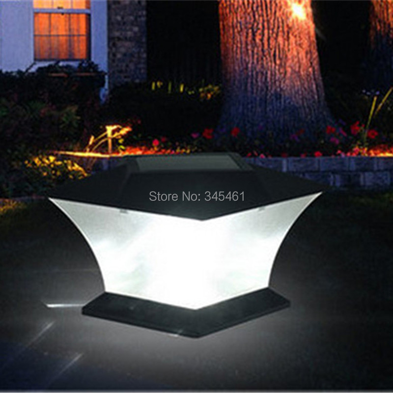 Ultra Bright 7 Quot Solar Post Cap Light With Bright Leds