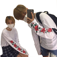 harajuku shirt 2017 korean ulzzang t shirt woman kawaii style thin long sleeve T-shirt men women print flower rose white shirts