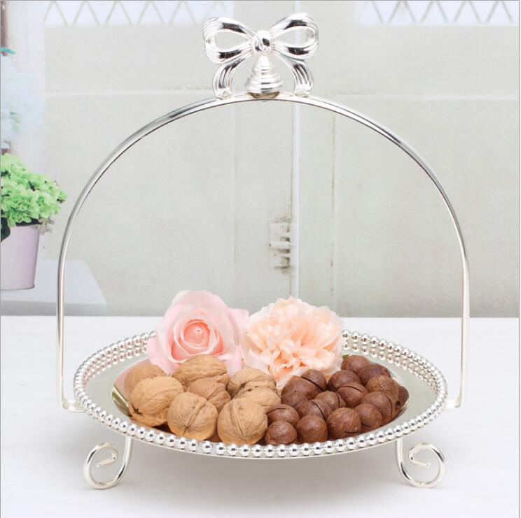 Mode argent métal gâteau stand stockage rack gâteau décoration plateau bonbons bar accessoires pour la décoration de mariage DGP066