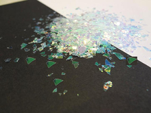 50G/Bag Iridescent Flakes, Mylar Cellophane Shards, Crushed Holographic Rainbow Chunky Mirror Glitter flakes for nail