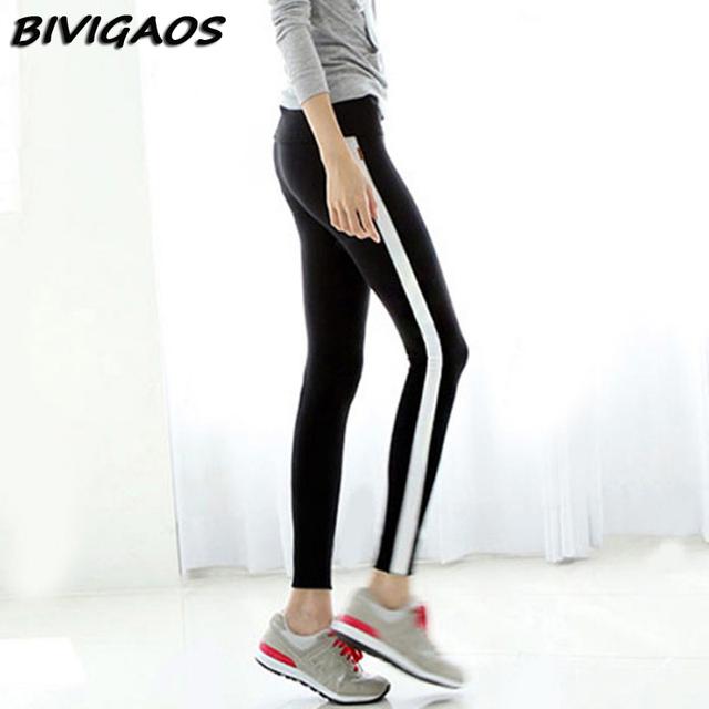 2016 Otoño Nueva Casual Negro Blanco Side Stripe Polainas Polainas de Las Mujeres de Contraste de Color Empalme Algodón Legging Pantalones de Las Mujeres