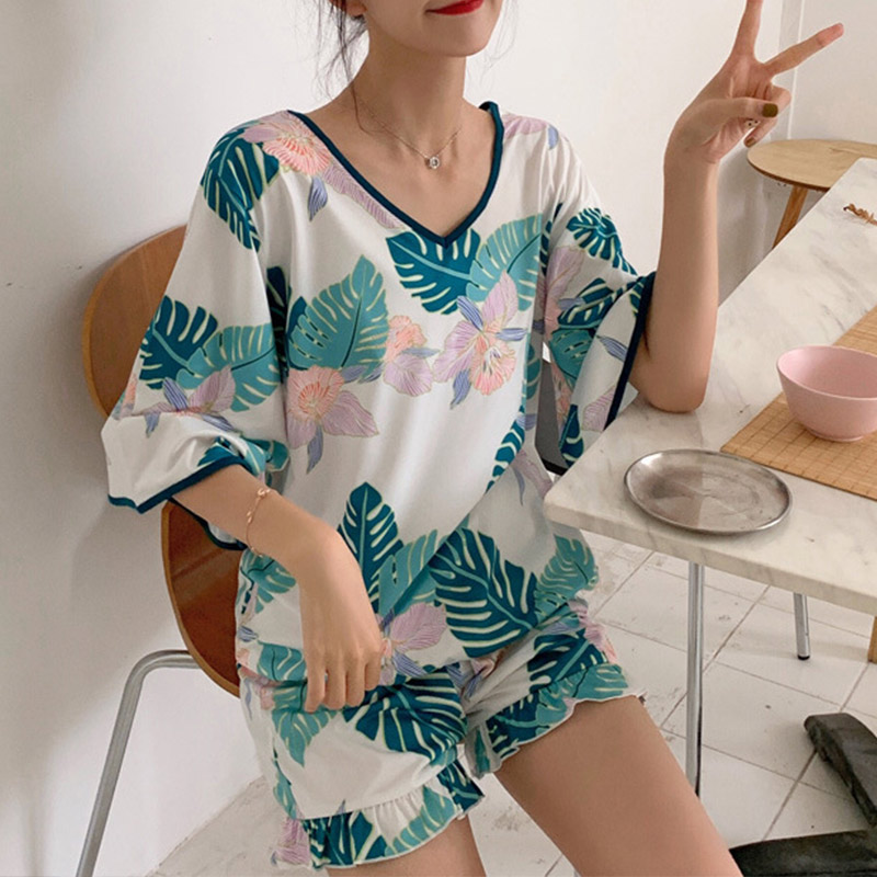 Summer Print Ruffles Pajamas For Women V-Neck 3/4 Sleeve Criss-cross Tops Shorts Women's Pajamas 2019 Summer Cotton Nightie