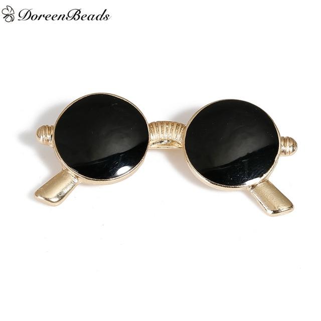 4ccda1d0885607 DoreenBeads 1 ST Kawaii Cartoon Pictogrammen Metalen Badges  Veiligheidsspeld Broches Vergulde Zwarte Brillen Emaille Tassen Kleding