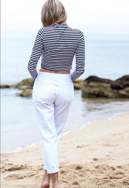 Loose White Distressed Boyfriend Jeans