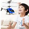 Huang Neeky #501 NEUE Fliegen Mini RC Infraed Induktion Hubschrauber Flugzeug Blinklicht Spielzeug Für Kind Neuheit spielzeug Freies verschiffen-in RC-Roboter & Tiere aus Spielzeug und Hobbys bei