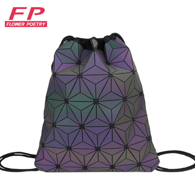 New Women Drawstring Backpacks Holographic Bagpack Female Luminous Geometric Backpack For Teenage Girls School Bag Beach Bao Bag