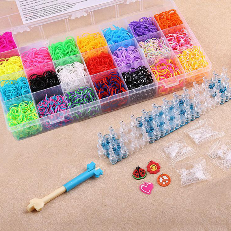 DIY Loom Bands Kit with 4400pcs Rainbow Bands and S-Clips and Crochet Hook Plaiting eavingel Wastic Band for Kids DIY Bracelets rubber bands to weave bracelet 4200pcs gum diy charm for plaiting eavingel wastic band boy girl hair accessories machine set