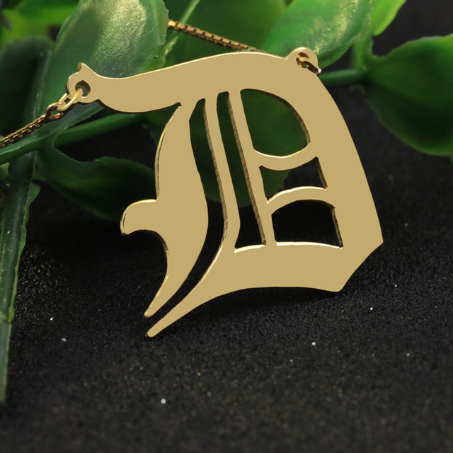 Online Shop Personalized Old English Font Necklace Box Chain Golden