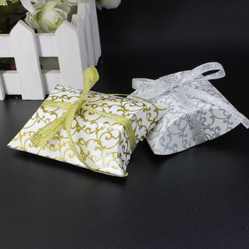 100pcs Wedding candy boxes European pillow candy box personality small paper packing box pillow printing packing bag
