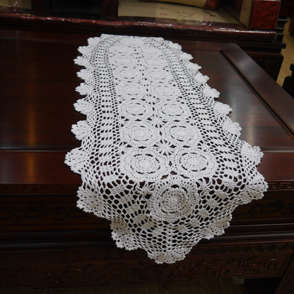 Handmade hook flowers cotton Lace Chic hollow Crocheted Table Runner / Many Uses Curtains Pads mat / Vintage Europe