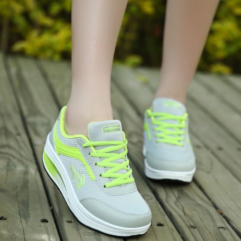 разновидность спортивная обувь сд женская фото него напоминают легкие