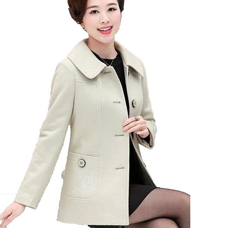 Boutique moyen âge mère vêtements de mode grande taille femmes manteau femmes lâche élégant manteau broderie couleur unie manteau LU155