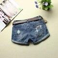 2016 pantalones vaqueros del verano womens jeans femenino casual solo-cortocircuitos ruedan para arriba el dobladillo pantalones cortos mujer suelta más cortocircuitos del tamaño pantalones vaqueros