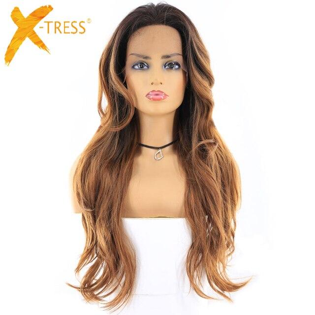Negro Rubio Ombre Color frente de encaje de cabello sintético pelucas para mujeres X-TRESS 24 pulgadas largo ondulado peluca Frontal de encaje libre la raya en el medio