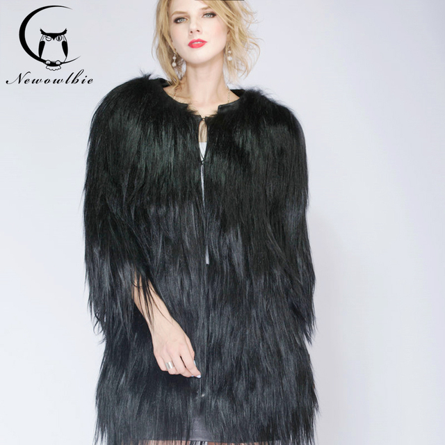 2019 ladies fashion mountain real sheepskin coat, warm and sexy fur coat. Long hair black. Model fur coat