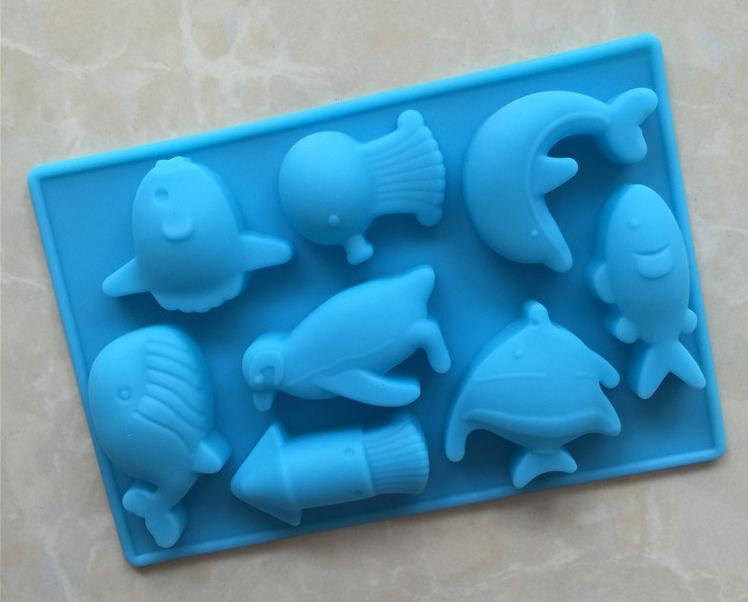 100pcs/lot 13.7x9.3cm DIY Silicone Mold The Sea World Dolphin and Fish Silicone Chocolate Mold Silicone Handmade Soap Mold 2911 image