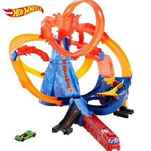Image 2 - Hot Wheels Pista de coches eléctricos de ciudad para niños, Volcán de Escape, juguete de desafío, juego de coches para niños, Oyuncak Araba FTD61